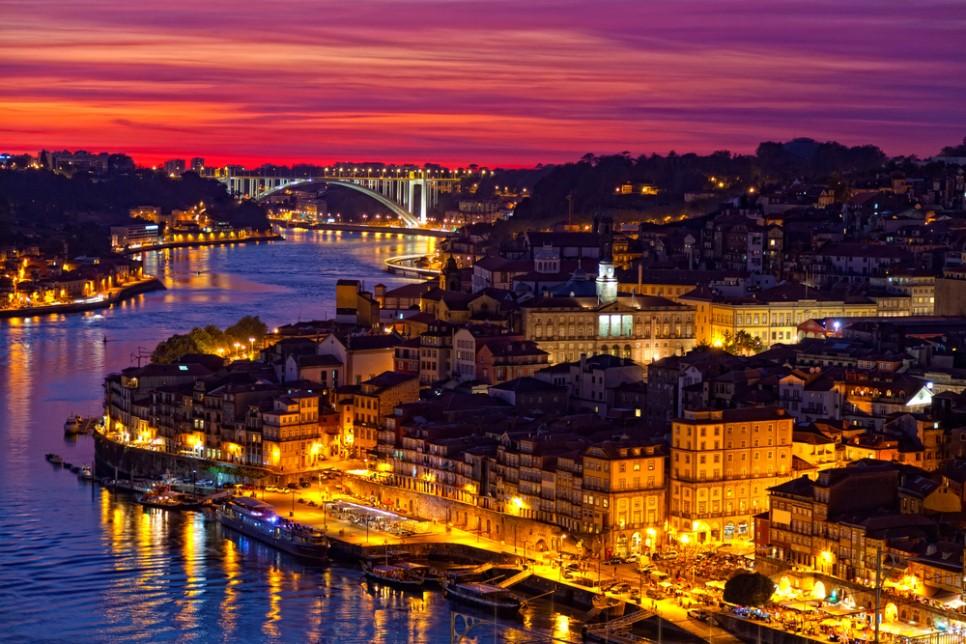 portugal-porto_oldcity-1